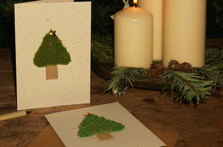 knitted-tree-cards